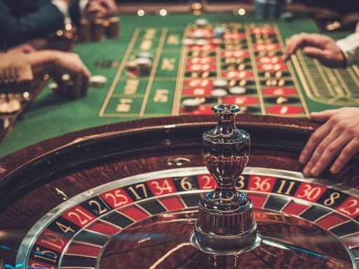 Five Advantages of Live Dealer Casinos