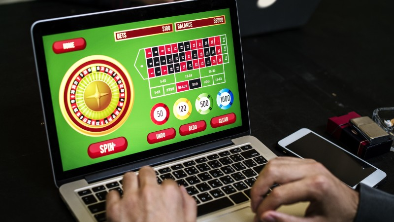 Enjoy non-stop playing at online casinos